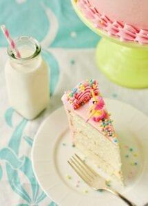 Pretty DIY: How to make the Perfect Vanilla Cake