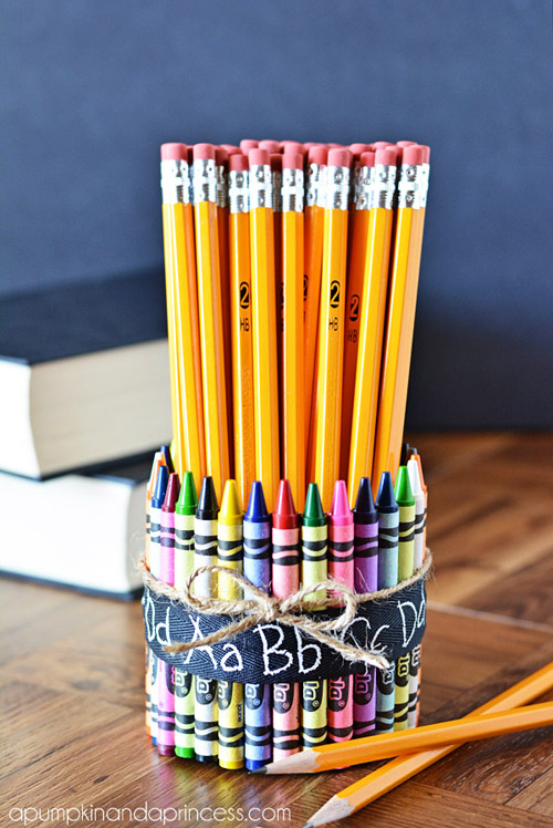 4_Teacher-gift-ideas-crayon-pencil-vase