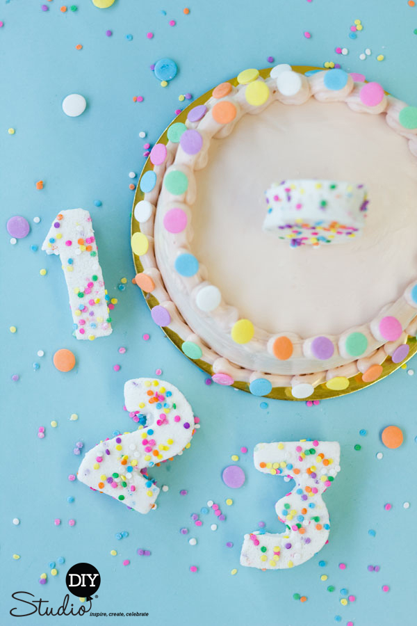 DIY-Confetti-Marshmallow-Numbers