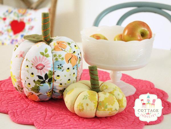 fabric_pumpkins_5_grande